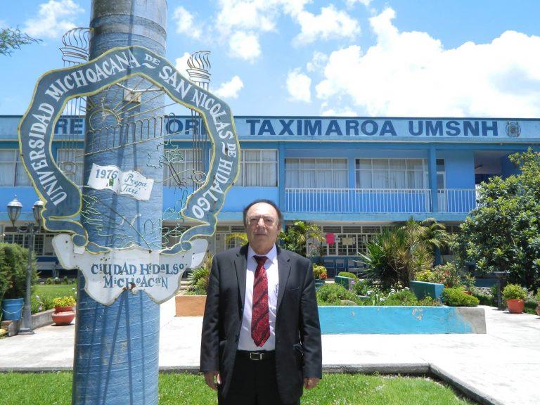 En Preparatoria Taximaroa siguen preinscripciones para alumnos a primer semestre