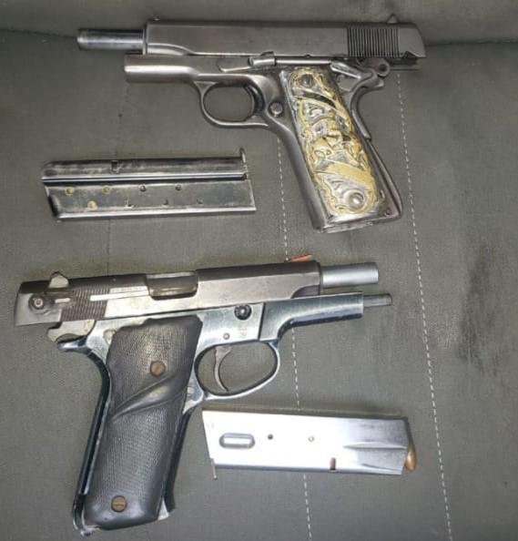 Asegura SSP a tres en posesión de armas de fuego y cartuchos útiles, en Uruapan