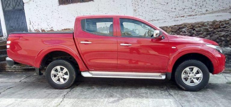Asegura SSP camioneta con reporte de robo, en Uruapan.