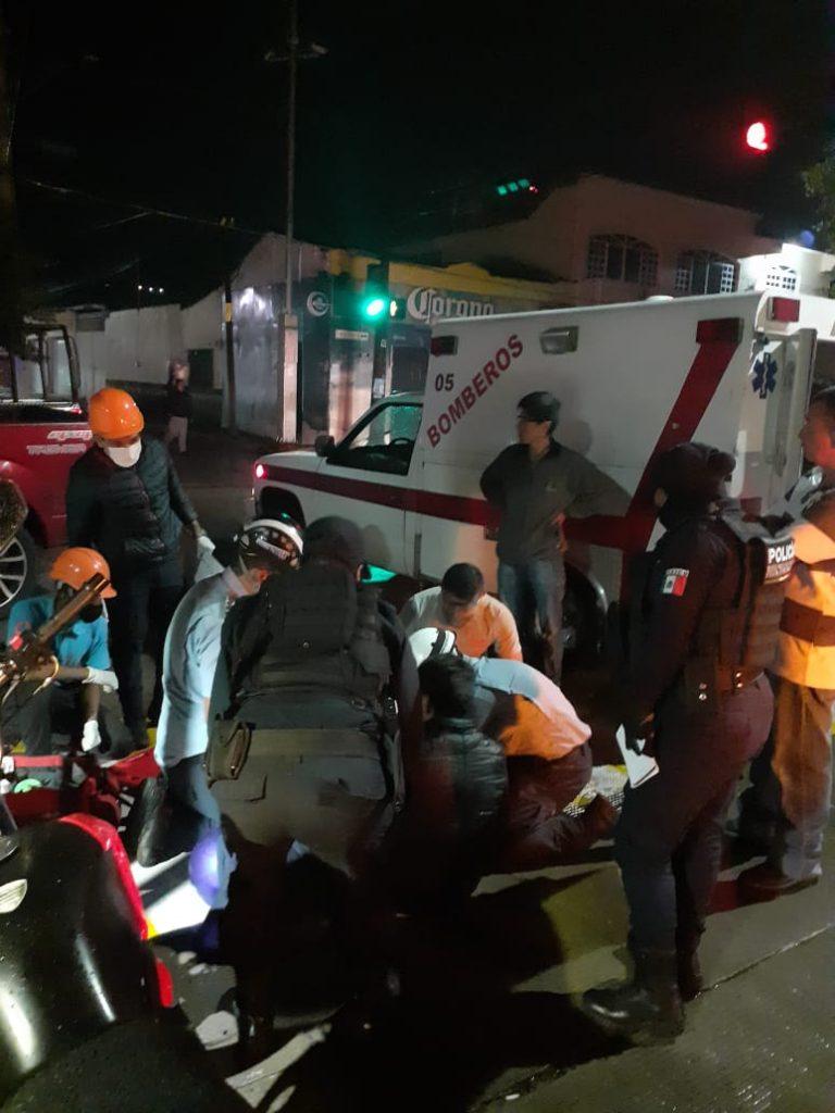 Derrapó en su motocicleta y resultó lesionado