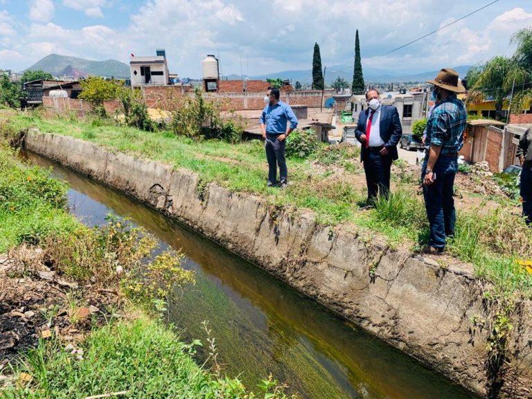 José Luis Téllez realizó recorrido por el Canal Hidalgo, tramo que comprende la Colonia Independencia, que en próximos días se estará iniciando los trabajos de entubamiento y saneamiento