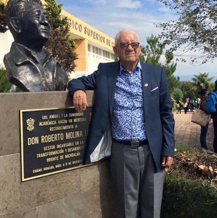 Sentido pesar en el municipio por el fallecimiento de Don Roberto Molina Loza
