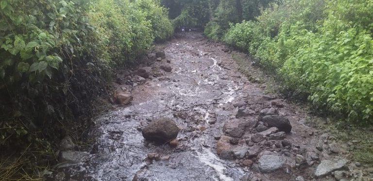 Habilita Gobierno de Zitácuaro albergue, tras deslave de una parte del Cerro Cacique.