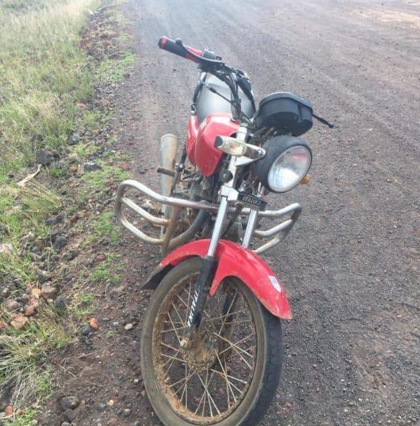 En acción operativa, asegura SSP motocicleta con reporte de robo.