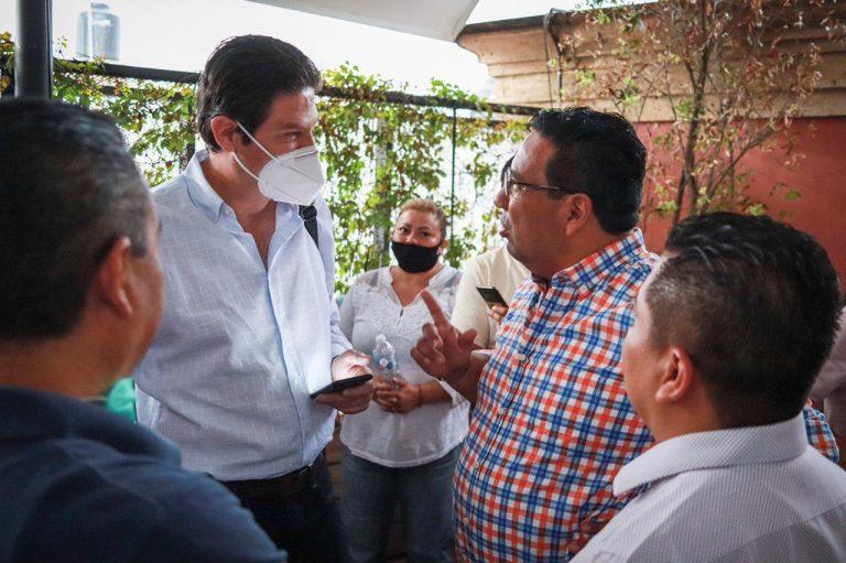Escucha Alfonso Martínez necesidades de 30 líderes de comerciantes y recolectores de Michoacán