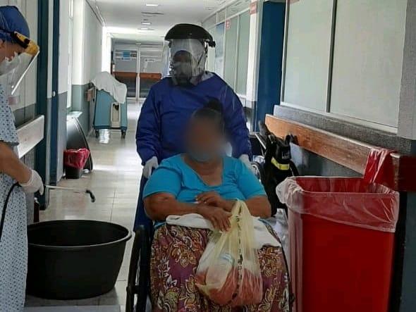 Mujer de 67 años vence COVID-19 en Lázaro Cárdenas