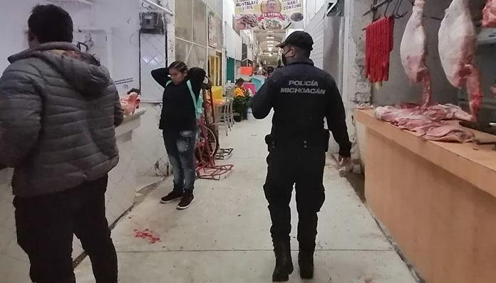 SSPM monitorea mercados y exhorta a ciudadanos atender medidas contra COVID-19 en Zitácuaro