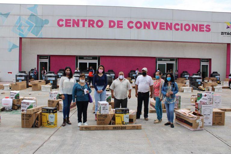Continúa Secretaría de la Mujer, entregando Apoyos para los Hogares y Fortalecimiento al Campo