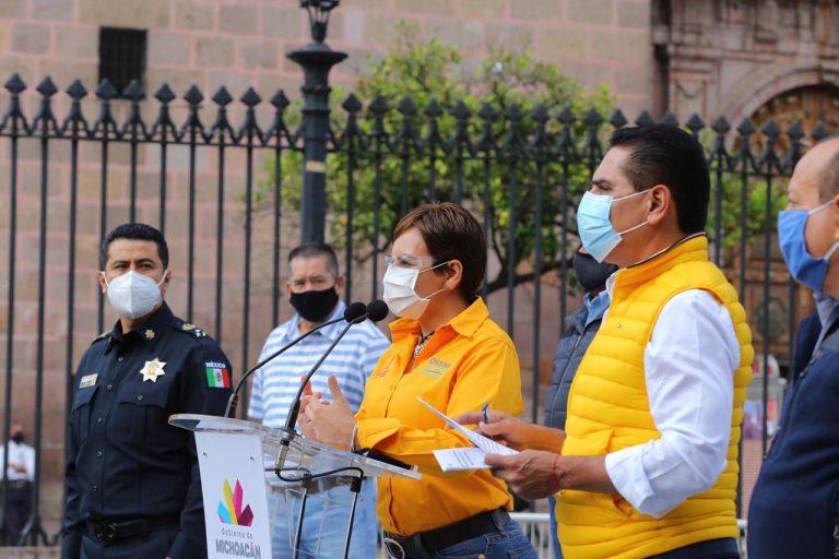 Dota Silvano Aureoles de protección sanitaria a operadores del transporte público.
