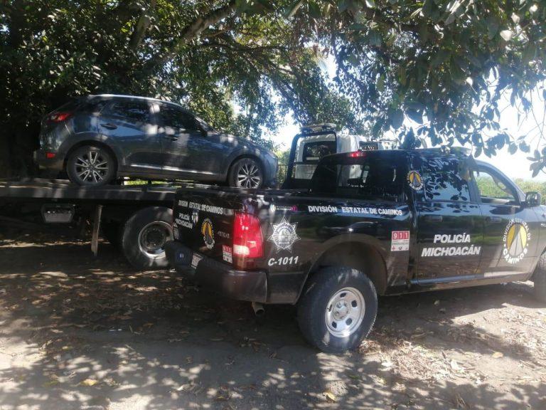 Aseguran SSP y Sedena vehículo con reporte de robo, en Buenavista.