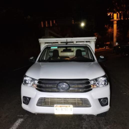 En Uruapan, detiene SSP a uno en posesión de camioneta que cuenta con reporte de robo