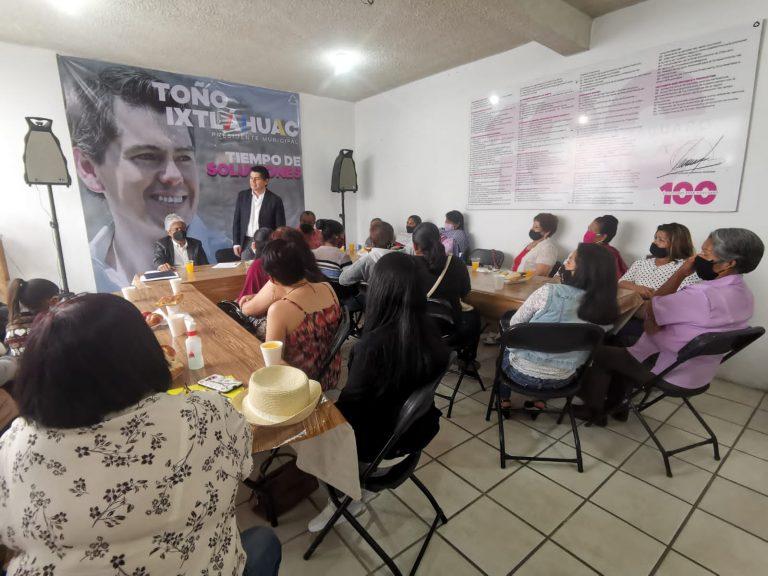 Las madres de familia y las mujeres en general tendrán un lugar privilegiado entre los sectores más apoyados por el gobierno municipal: Toño Ixtláhuac