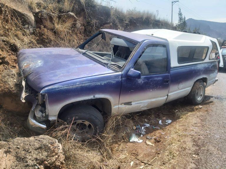 Choca camioneta contra un paredón; en Cd. Hidalgo