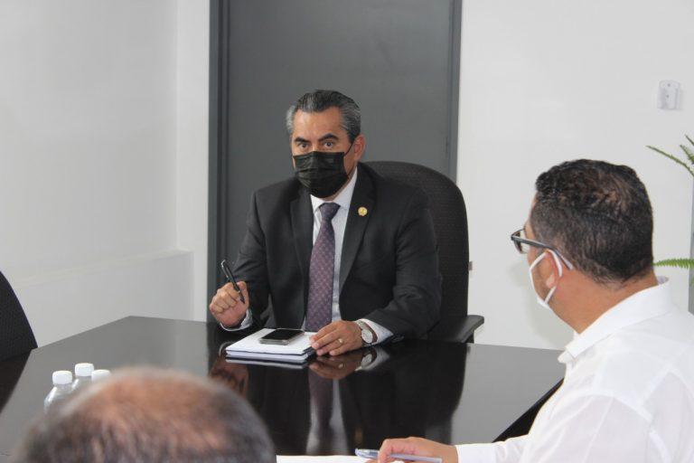 A recurrir por la vía legal para hacer valer sus derechos, pide Fiscalía General a grupo de inconformes por querella presentada por el Ayuntamiento.